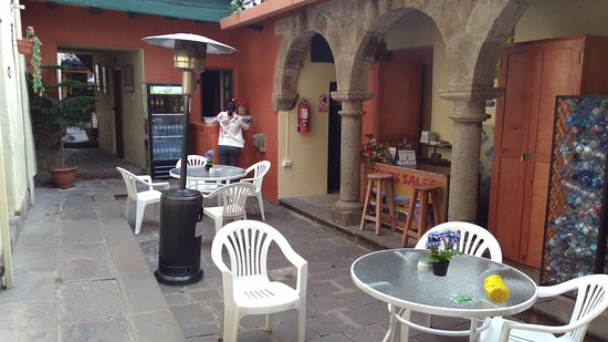 Hitchhikers Backpackers Cusco Hostel : IMG_20170528_164720583_large.jpg