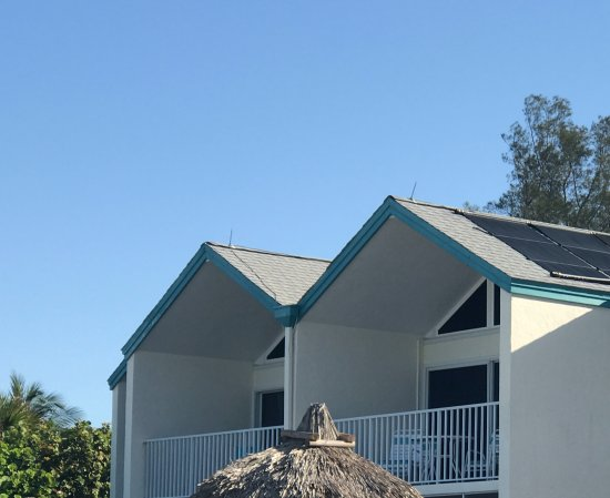 Coconut Beach Resort Actual Picture Of Roof False Representation On Website Property Not