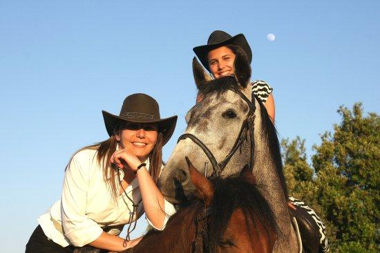 Orgosolo, Italien: Horse tours in Barbagia