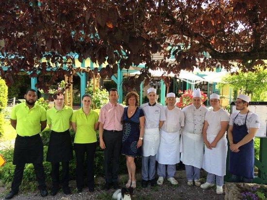 Breviandes, Francia: Equipe dynamique du restaurant Le Pan de Bois