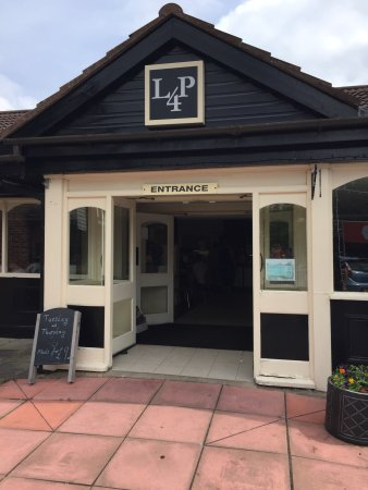 LP4 Family Restaurant & Coffee Shop