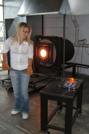 Tacoma Glassblowing Studio Picture