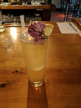 Essex, NY: Lilac lemonade iced tea with gin