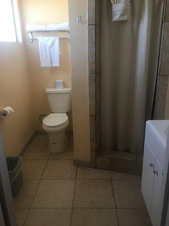 Ridgecrest, CA: bagno