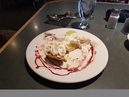 Port Hawkesbury, Kanada: Key lime pie - sorry, we had some bites before realizing how great it was