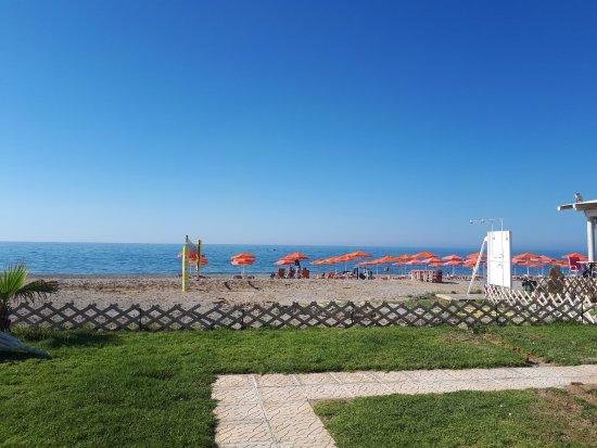 Adele, Grecia: Blick auf den Strand