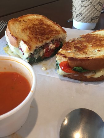 Waterford, CT: Yummy Greek grilled cheese
