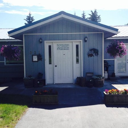 Bears Den B&B and Lodging: Welcome to Bears Den in Seward, Alaska
