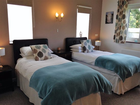 Bowens Bed and Breakfast: Large Twin ensuite