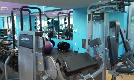 Port Saint Lucie, FL: Fitness area