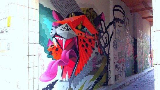 St. Pauli Office: Alley art - St. Pauli