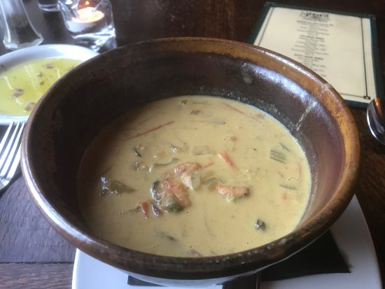 Seaview, WA: Curry flavored mussel chowder