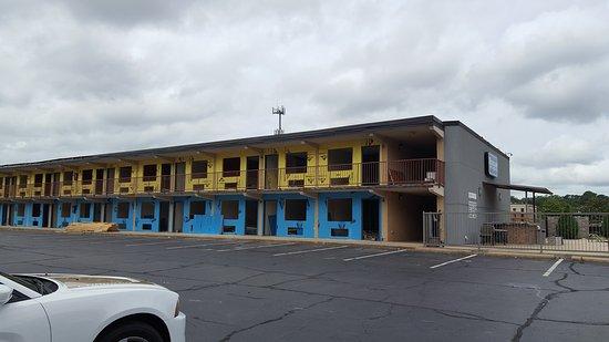 Clarion Inn: 20170529_105339_large.jpg