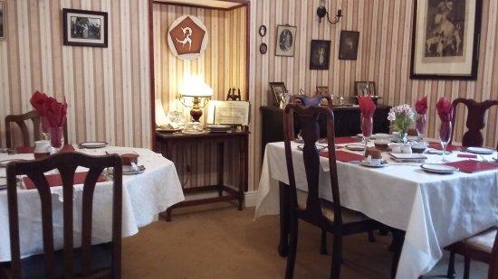 Дангарван, Ирландия: Quaint dining room
