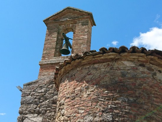 Castello di San Fabiano: BELLISSIMO SCORCIO DEL CASTELLO.