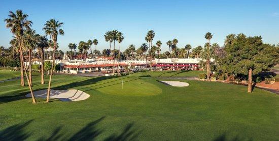 Litchfield Park, Аризона: On-Site Golf Course