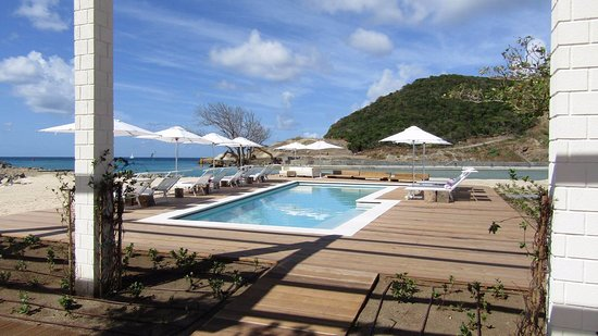 Canouan: The Pool