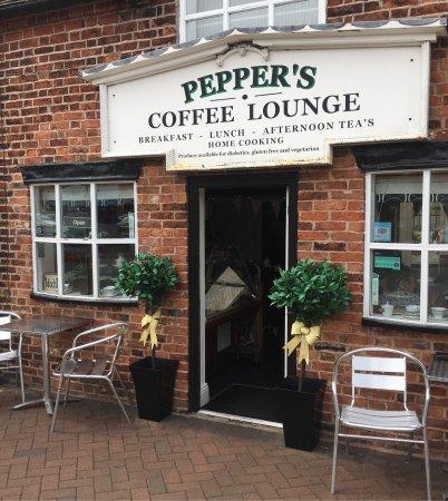 Peppers Coffee Lounge: photo1.jpg