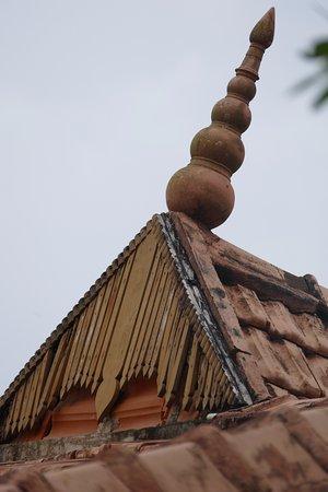 Ayurveda Yoga Villa: Roof spire