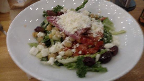 Queen Creek Olive Mill : Chop salad