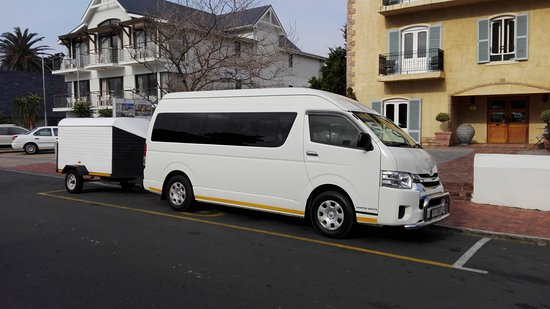 Constantia, جنوب أفريقيا: M F Tours -  Toyota Quantum for Airport Transfers and tours of 7 to 12 Tourists.  