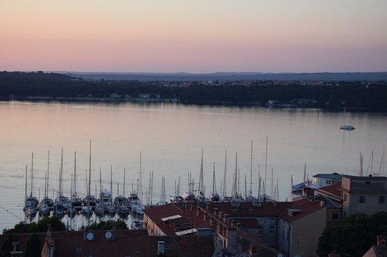 Kastel: Harbour panorama