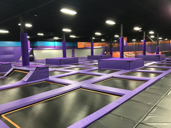 ‪Altitude Trampoline Park of Louisville‬