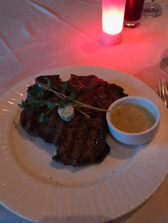 Chops Steakhouse: photo1.jpg
