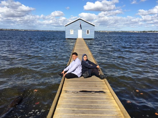 Swan River: I love me some boathouse pictures