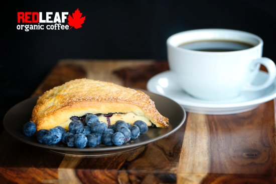 Longview, WA: Scones, muffins and breads all made fresh in our own bakery!
