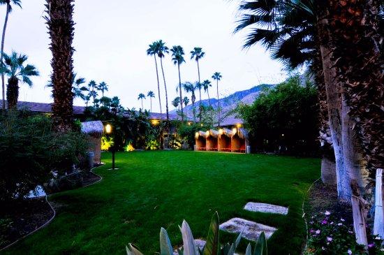 Caliente Tropics Resort Hotel