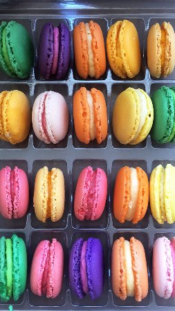 Diego Andino Patisserie: Macarons! 😋