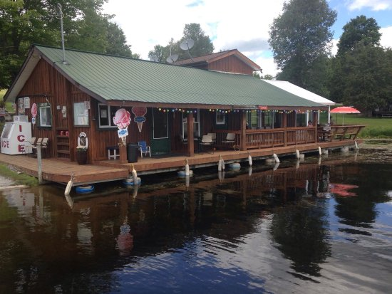 Buckhorn, Canada: One of the Kawartha's best kept secrets. Great food, great service.