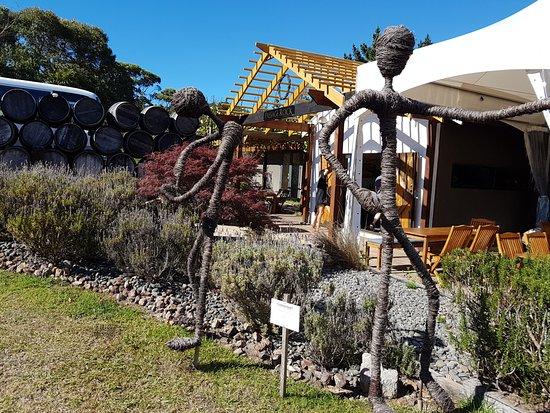 Waiheke Island, New Zealand: Passage Rock winery is a favourite stop