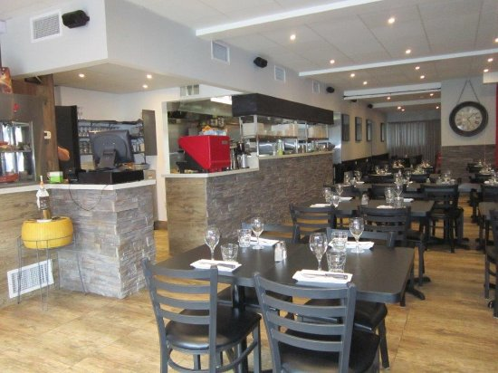 Coin Repas Cuisine Picture Of Restaurant Sizzle Montreal