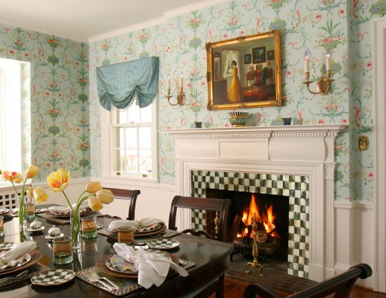 10 Fitch Luxurious Romantic Inn Dining Room