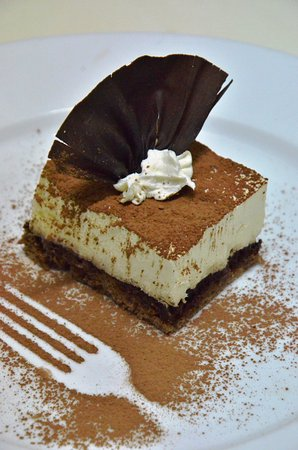 Desa Sekotong Barat, Indonesia: You could enjoy this tiramisu to accompany your chill time in Basilico restaurant
