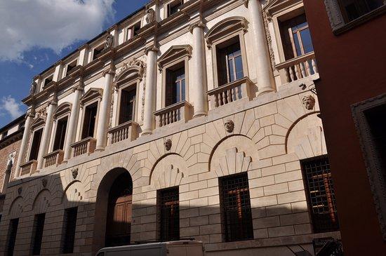 Palazzo di Iseppo Porto
