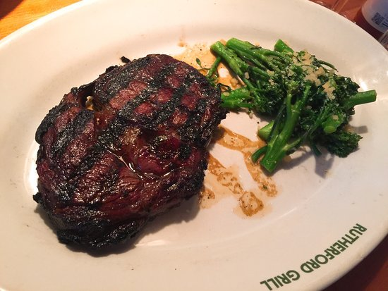 Rutherford Grill: photo0.jpg