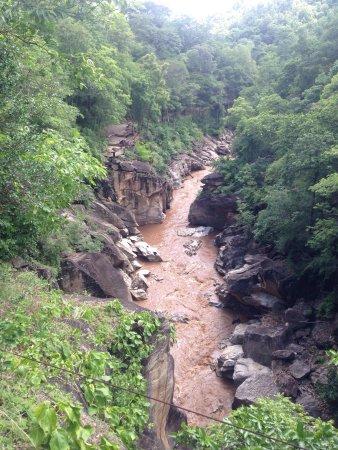 Hot, Таиланд: ความสมบูรณ์ของธรรมชาติ