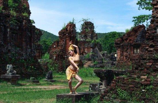 Phu Loc Travel