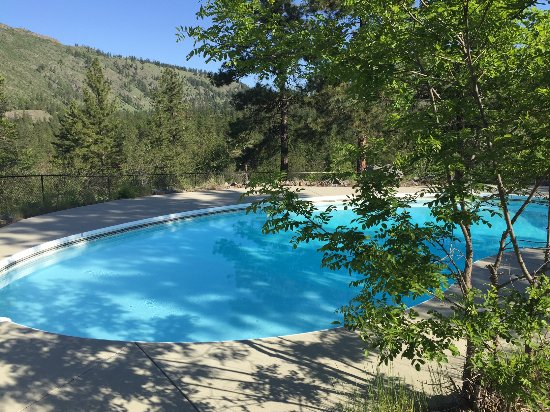 Kaleden, Kanada: Pool warmed by the sun