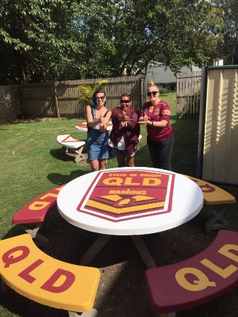 Sarina, Australien: One our personally designed tables in the beer garden!!