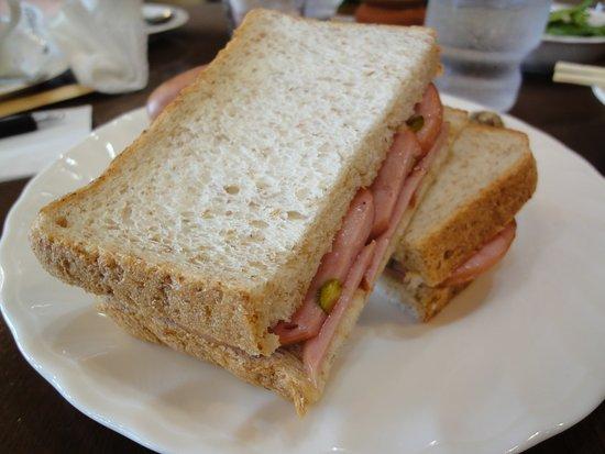 Chikusei, Japan: ランチセットのサンドイッチ