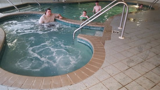 West Bend, WI: Loved the hot tub