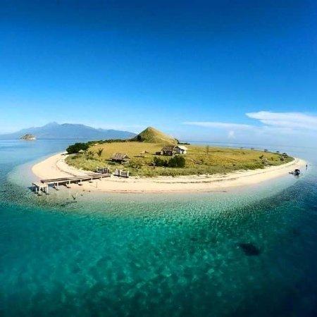 Gili Meno, Indonesia: Kanawa island sumbawa by wanua adventure