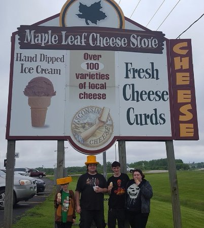 Maple Leaf Cheese Store