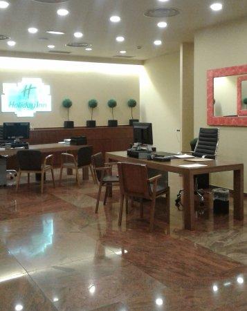 Holiday Inn Andorra: reception area