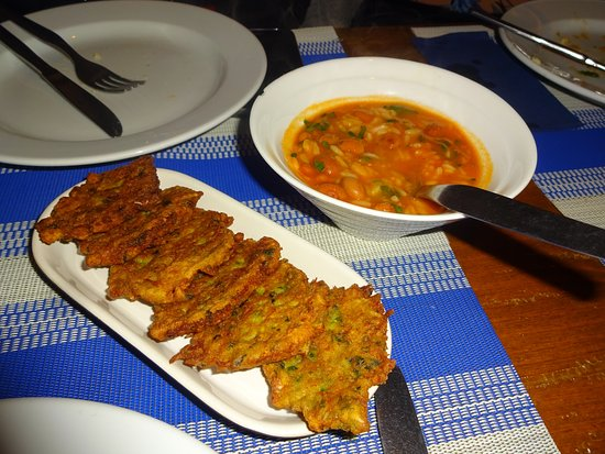 Cantinho Lusitano: Cod fritters with portuguese bean stew