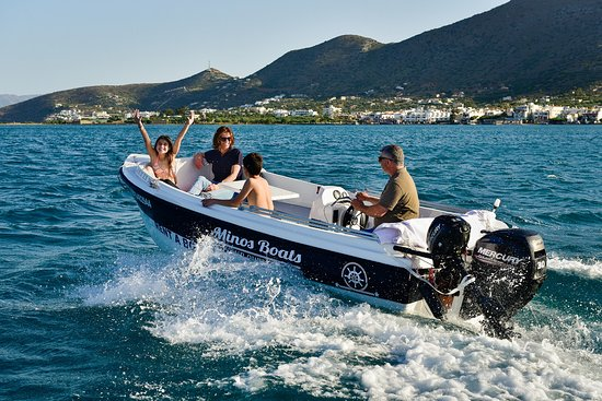 Plaka, Greece: Fun for whole family with Minos Boats